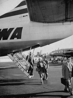 TWA plane travelers arriving at the airport, Kansas City, MO, US, 1954 - Trans World Airlines