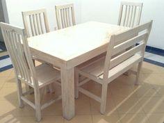 Comedor en blanco vintage de 1.80m de largo por 90cm de ancho y altura de 85 cm  6 sillas de tiras sin tapiz.