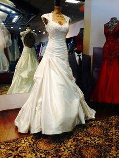 Sophia Tolli Sophia Tolli Y11321 Wedding Dress $1,100