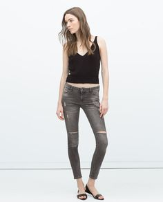 ZARA - WOMAN - DISTRESSED JEANS