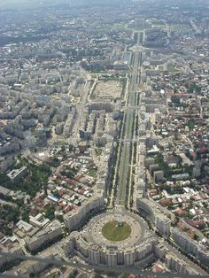 Over Unirii Square, Bucharest Wonderful Places, Beautiful Places, Bucharest Romania, Chicago City, Europe Photos, Parcs, Aerial View, Beautiful World, Places To Visit