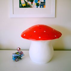 Toadstool Lamp (red)