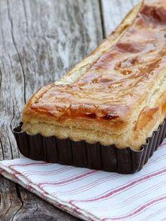 Feuillantine Comtoise {feuilleté au fromage et au jambon}