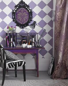 lavender and white checked wallpaper