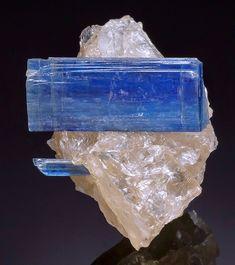 Kyanite with Quartz - Barra de Salinas, Coronel Murta, Jequitinhonha Valley, Minas Gerais, Brazil
