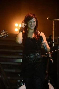 I love this color. Jen Ledger, everybody. :3