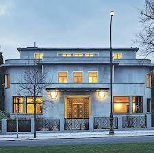 Art deco homes exterior on pinterest art deco house streamline moderne and art deco home - Deco moderne woning ...