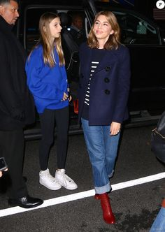 Sofia Coppola and Romy Mars Marc Jacobs Fall 2020 Classy Casual, Comfy Casual, Sofia Coppola Style, Saturday Outfit, Black White Fashion, Parisian Style, Phoenix Band, Everyday Fashion, Girlie Girlie