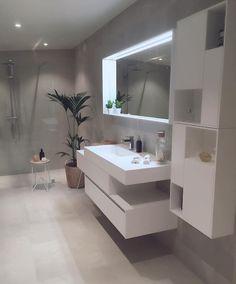 A traditional Scandinavian decor for this elegant apartment - Bathroom 01 Contemporary Living Room Furniture, Interior Design Living Room, Rustic Furniture, Antique Furniture, Zen Bathroom, Master Bathroom, Bathroom Inspo, Bathroom Ideas, Guys Bathroom