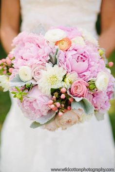 Flowers by Hayley Smith Designs, LLC. Wedding for Justin and Laura Hines 6/14/14!