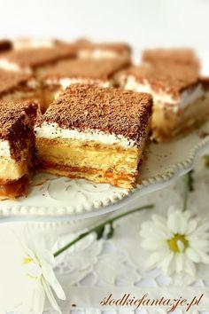 Spód z ciasteczek: 120 g ciasteczek digestive lub herb… na Stylowi. Dessert Recipes, Desserts, Tiramisu, Herbs, Ethnic Recipes, Brownies, Food, Bakken, Tailgate Desserts