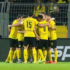 Borussia Dortmund international! Europapokal, Europapokal! Lalala!