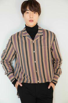 [PHOTOS] Yang Se Jong's Photos For Media in Japan | Nov, 2018 - Album on Imgur Korean Celebrities, Korean Actors, Yoo Yeon Seok, Korean Aesthetic, Le Male, Korean Men, K Idols, Handsome, Shirt Dress