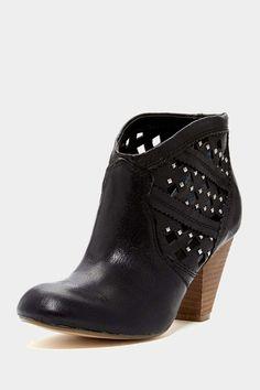 Keller Cutout Boot