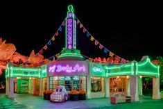 Have you visited Cars Land at Disney California Adventure park since the Halloween Time at the Disneyland Resort kicked off? I went for an after-hours stroll through the area a few nights ago and the place is absolutely spook-tacular. Disney Day, Disney Trips, Disney Love, Disney Magic, Disney Parks, Disneyland World, Disneyland Halloween, Disneyland Resort, Disney California Adventure Park