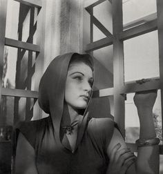 1942 by Cecil Beaton    Empress Fawzia married Mohammed Reza Shah Pahlavi, the last Shah of Iran, in 1939.