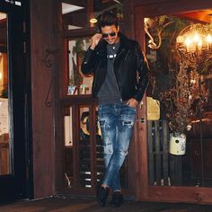Dsquared Sale With Coupons That You Can Use Best Jeans, Christmas Sale, Dsquared2, Jeans Fashion, Street Styles, Coupons, Wordpress, Swag, Nice