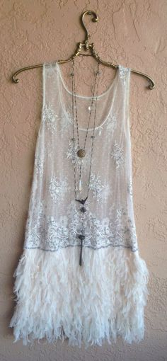 Free People Great Gatsby Faux feather flapper dress in Nude blush pink with lace sequin beaded top