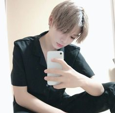 ˗ˏˋ pιnтereѕт | χяσѕєq ˊˎ˗ Korean Boys Ulzzang, Ulzzang Boy, Korean Men, Korean Girl, Beautiful Boys, Pretty Boys, Beautiful People, Asian Boys, Asian Men