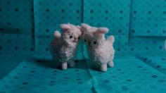 Needle felted sheep from a Hamanaka kit.