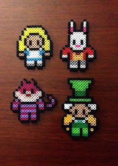 Alice In Wonderland Inspired 8 Bit Perler Set - Magnets or Ornaments Hama Beads Design, Diy Perler Beads, Hama Beads Patterns, Perler Bead Art, Beading Patterns, Peyote Patterns, Perler Bead Disney, Chesire Cat, 8bit Art