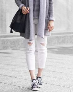 A Little Detail - Spring Fashion // White Jeans // Converse Sneakers // Bucket Bag // #springfashion #greycardigan #whitejeans #fashion #outfit #monochrome #conversesneakers #womensfashion