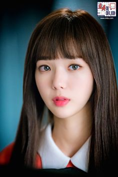 Chae Soo-Bin looks like a doll, not a robot! Korean Actresses, Korean Actors, Actors & Actresses, Korean Dramas, Bella Swan, Korean Celebrities, Famous Celebrities, Korean Beauty, Asian Beauty