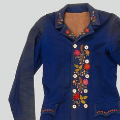 Mans kabat jacket of factory-made wool. Decorated with embroidery and coloured stitches. Fastened with buttons. Machine-sewn.  Western Krakowiak Folk, Tomaszowice, P. Kraków, early 20th c.
