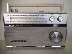 Sony TFM 116A 3 Band 11 Vintage Transistor Radio, Working Great