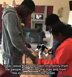 Funny Pictures - Dear jesus, please protect this family from the people who deliver the mail and from the evil cat across the street. Funny Instagram Posts, Hippie Quotes, Evil People, Memes Of The Day, Morning Humor, Funny Cute, Just In Case, I Laughed, Funny Animals