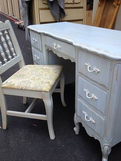 French Provincial Desk and Chair by Dixie by SalonSam on Etsy