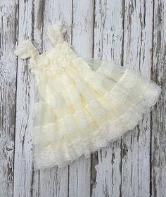 Flower girl dress. Vintage flower girl dress. Ivory lace ruffle dress. Country wedding dress. Rustic vintage flowergirl dress.