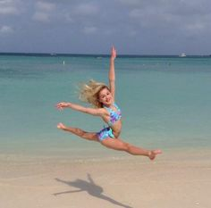 Day 1-Favorite Dancer=Chloe Lukasiak. Could this picture be any more perfect?