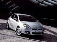 Fiat Bravo The new Fiat Bravo is a perfect balance of Beauty and Substance, another milestone in the process to update the brand\'s product range. Fiat Bravo, New Fiat, Fiat Cars, Car Rental, Car Ins, Vehicles, Php, Safety, Star