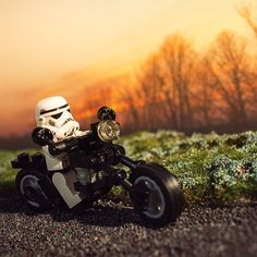 Spent the day experimenting with a few techniques, one of which was miniature gravel/asphalt. I'll be impressed if you can guess what the road surface is made of! :) #lego #stormtrooper