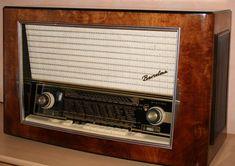 Radios, Antique Radio, Marshall Speaker, Retro, Technology, Antiques, Lifestyle, Vintage, Music