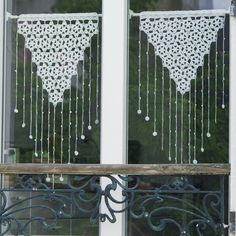 Get 47 crochet valance patterns for free. Multiple designs to choose from for interior design with many different colors. Crochet Curtain Pattern, Crochet Curtains, Lace Curtains, Crochet Patterns, Crochet Hook Sizes, Crochet Hooks, Valance Patterns, Vintage Curtains, Crochet Diagram