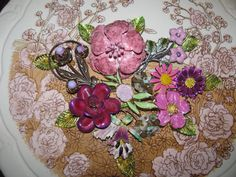 Hey, I found this really awesome Etsy listing at http://www.etsy.com/listing/177012422/destash-craft-lot-of-vintage-jewelry