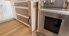 Fitted pullout serving trays,  » Details