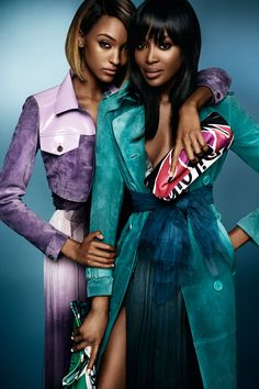 Burberry Prorsum S/S 2015 by Mario Testino A British cast in the new Burberry Spring/Summer 2015 campaign - starring Naomi Campbell, Jourdan Dunn, George Barnett and George Le Page Shot by Mario Testino Burberry Prorsum, Burberry 2015, Burberry Summer, Burberry Trench, Fashion News, Fashion Models, High Fashion, Fashion Beauty, Fashion Trends