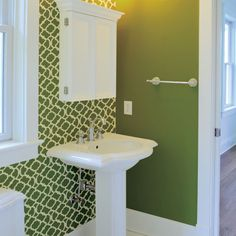 16 Easy DIY Bathroom