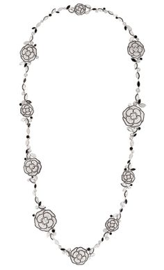 COLLIER CAMELIA GANSE NECKLACE 18-karat white gold set with diamonds and black onyx. Photo c/o Harper's Bazaar UK