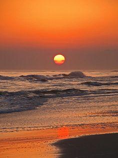 ✮ Twilight Walk Along the Emerald Coast
