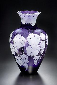 Cabernet Grapes art glass by Cynthia Myers