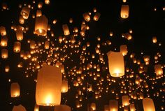 Need a sendoff finale but fireworks are too expensive or just played out? Check out these floating lanterns. Beautiful way to fill the night sky.     Lanterns float into the sky in the Loi Kratong Festival in Chiang Mai Thailand