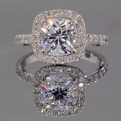 Future Husband if you're looking through my pinterest for an engagement ring, THIS IS THE ONE:)