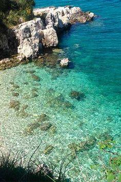 Greece l Kassiopi, Corfu Kassiopi Corfu, Corfu Town, Mykonos Greece, Crete Greece, Athens Greece, Places To Travel, Places To Visit, Travel Destinations, Elle Travel