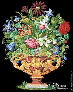 Купить или заказать Схема вышивки 'Античная ваза' в интернет-магазине на Ярмарке Мастеров. Авторская реконструкция старинной схемы для вышивания крестом 1800-1900 годов по старинному, раскрашенному вручную бумажному шаблону. Издательство L W Wittich. К схеме прилагается ключ в цветовой палитре ниток DMC, а также возможные размеры готовой вышивки на 14, 16, 18 и 25 канве. Схема в электронном виде, в формате PDF. Можно заказать цветной или черно-белый вариант схемы по вашему жел…