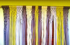 macrame curtains and room dividers Jack Daniels Fudge, Door Beads, Decorative Knots, Latch Hook Rugs, Macrame Curtain, Macrame Projects, Macrame Art, Pattern Pictures, Yarns