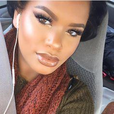 Gorgeous Makeup: Tips and Tricks With Eye Makeup and Eyeshadow – Makeup Design Ideas Dark Makeup Looks, Black Eye Makeup, Dark Skin Makeup, Makeup For Brown Eyes, Smokey Eye Makeup, Eyeshadow Makeup, Fall Makeup, Eyeliner, Green Smokey Eye
